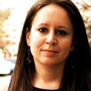 Anita Komuves