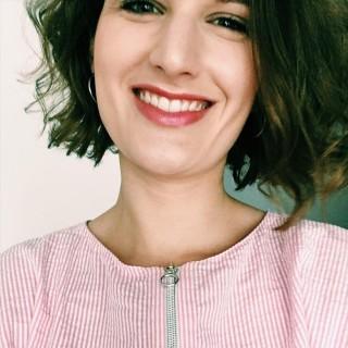 Anne, 26