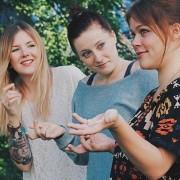 Leo, Nina + Sarah