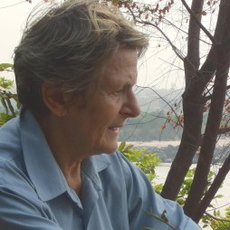Dr. Florence Allard