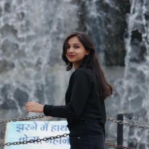 Rakshanda Sharma