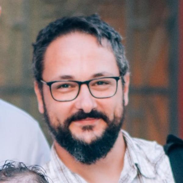 Nikolas Karampelas