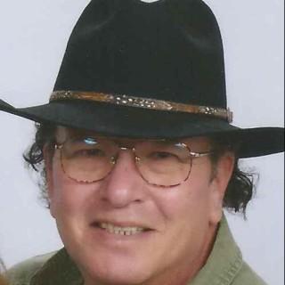 Richard E Valdez