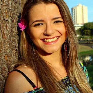 Kayte Araújo