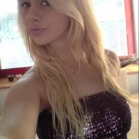 Süßes Girl will Sextreffs finden
