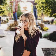 Isabella Andrews avatar image