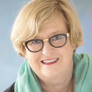 Lynn Clayton