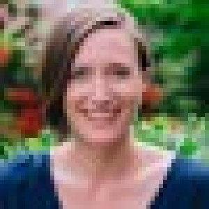 Dr. Fiona Smulders, ND