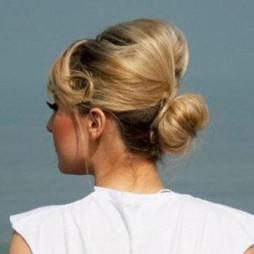 avatar for Caroline Artus