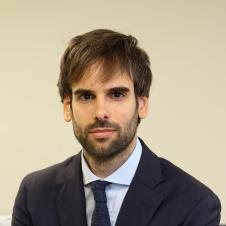 J. Raúl Fernández
