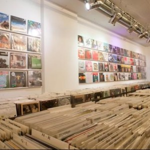 paralleluniversum at Discogs