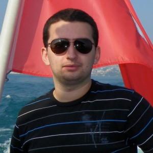 Alex Tandrau
