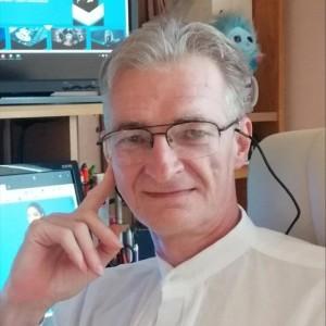 Z. László