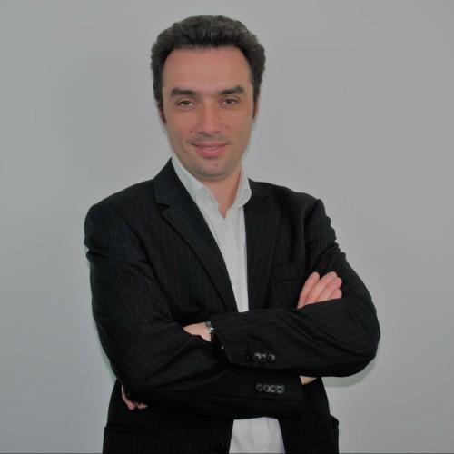 Emmanuel de Vauxmoret, expert SEO, directeur associé d'Actusite et accélérateur de business pour les indépendants