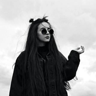 Scarlettli