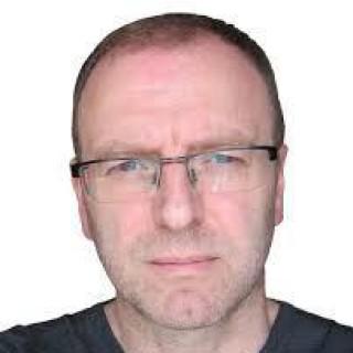 Daniel Simmons