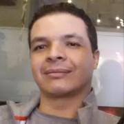 Andrés F Vargas