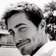 jake gyllenhaal's eyebrows