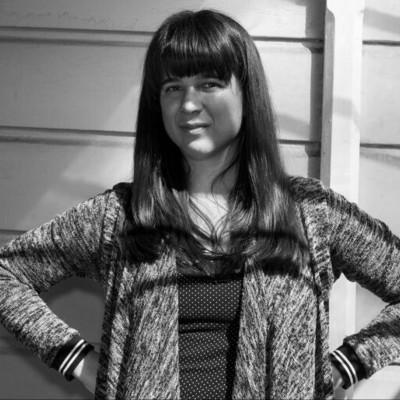 Laura Studarus