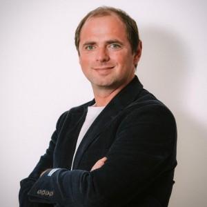 César Borja
