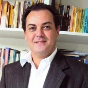 Roberto Carlos Morais Santiago