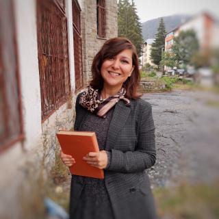 Elena Alexandru