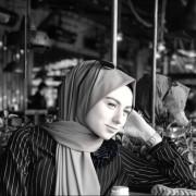 Beyza Esev fotoğrafı