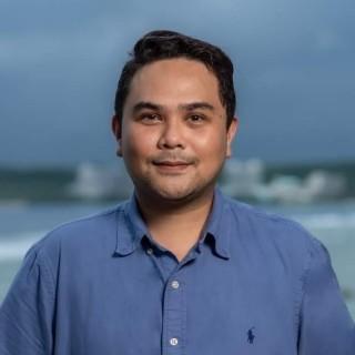 Mark Guayco