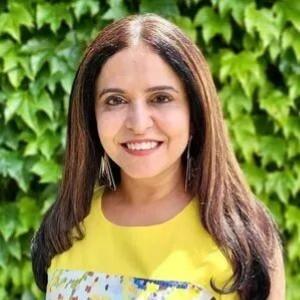 Dr Ina Takkar