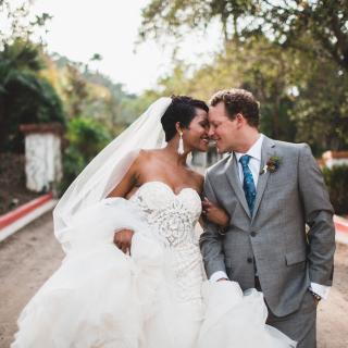 Taryn and Jonathan Schmidt