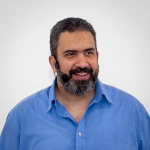 مصطفى محسن