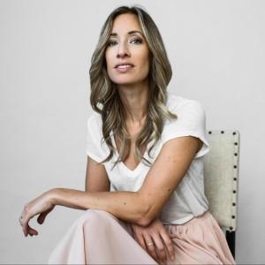 Profile picture for Renée Warren
