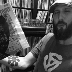 Charlie.White at Discogs