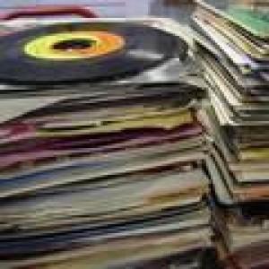 dadiscmon at Discogs