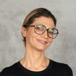 Dr. Linnea Passaler