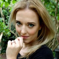 Lizzie Benton
