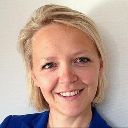 avatar for Anne Lorne