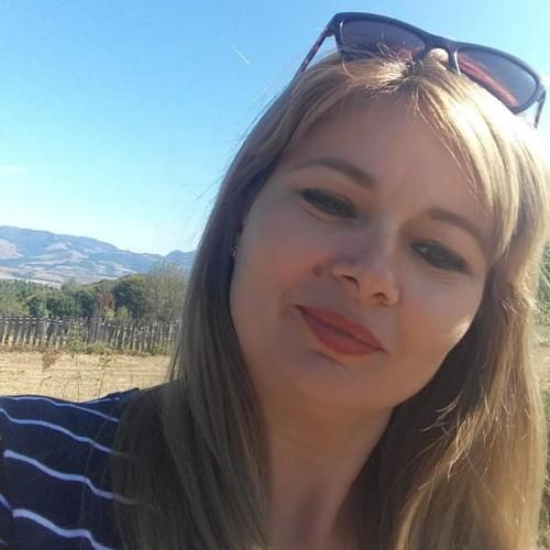 Falcan Mirela