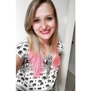 Camila Gasparin