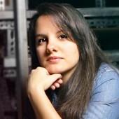 Paula Alcaide