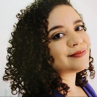 Paula Freire Alcantara
