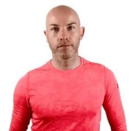 Paul Stokes Accredited Sports Nutritionist Personal Trainer and Les Mills Group Fitness Instructor